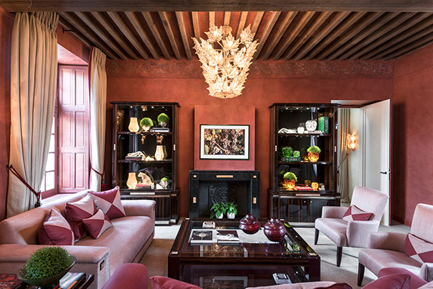 bibliotheque-hotel-restaurant-lalique-chateau-lafaurie-peyraguey-_4428_-_c_agisimoes-retoguntli